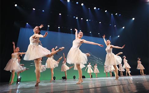テーマパークダンス・バレエコース卒業公演
